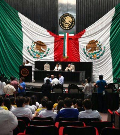 Diputados brindan lecciones de cortesía al hacer esperar a estudiantes hora y media para el inicio de la sesión