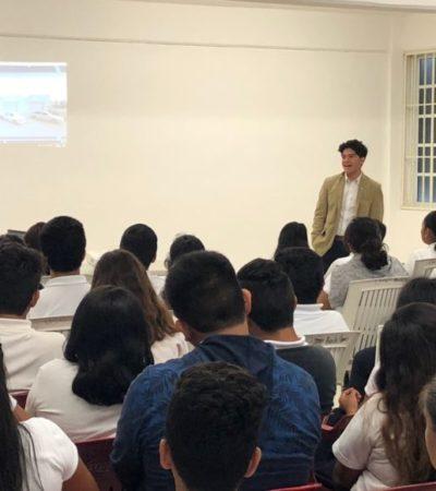 El joven que sueña con colonizar la luna de Europa con electrólisis impartió conferencia en Puerto Morelos