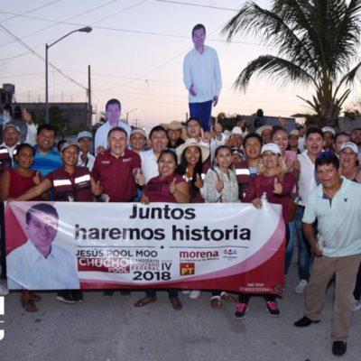 José Luis Pech prometió a vecinos de Palma Real poner fin a los eternos pagos de micro viviendas