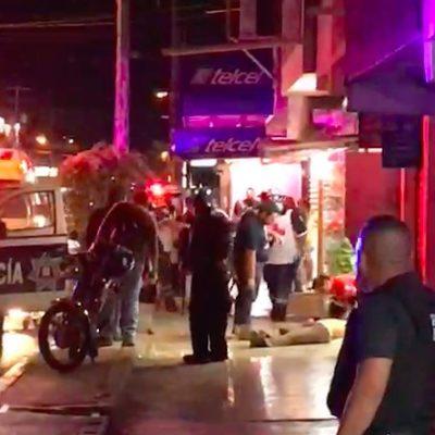 OTRA NOCHE DE VIOLENCIA Y MUERTOS EN CANCÚN: 3 ejecutados y 3 heridos en balaceras casi simultáneas en la Región 259 y, otra vez, en la zona de 'El Crucero'