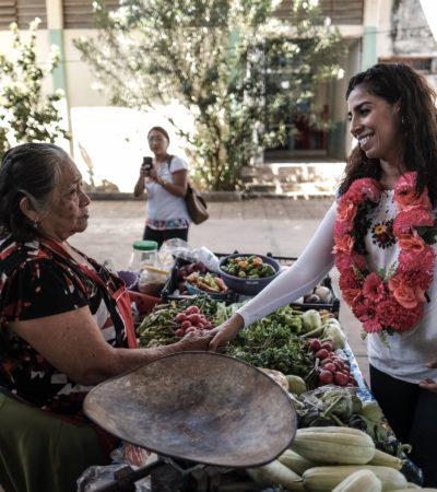 Visita Marybel Villegas municipio de José María Morelos y asegura que están con López Obrador y los candidatos de Morena