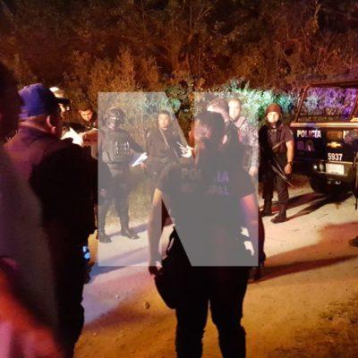 Detienen en la colonia 'Santa Anita' de Cancún a ex conductor de un TTE tras zafarrancho con vecinos que dejó saldo de dos heridos y daños