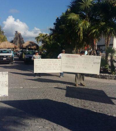 """PROTESTA EN EL MUELLE DE CRUCEROS DE MAHAHUAL: Trabajadores denuncia despidos injustificados y piden intervención del Gobernador para frenar """"terrorismo laboral"""" de empresarios"""