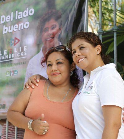 Visita Leslie Hendricks Puerto Aventuras y dice que su propuesta va más allá de presentar un 'catálogo de buenas intenciones'