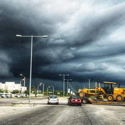 ¡CAE GRANIZO EN CANCÚN EN PLENO MES DE ABRIL!: Se pone 'loco' el clima en el principal destino turístico de Quintana Roo