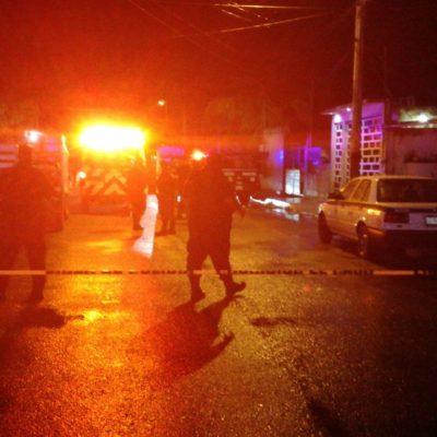 LA LLUVIA NO FRENA LA VIOLENCIA EN CANCÚN: Ejecutan a balazos a un hombre en la Región 227