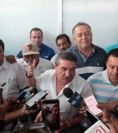 """""""TRABAJAMOS HOMBRO CON HOMBRO, QUE NO NOS HAGA ESTO"""": Acuerdan taxistas mesas de diálogo con el gobierno estatal y dejan de lado amenazas"""