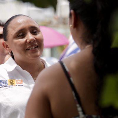Recorre Cristina Torres fraccionamiento Villamar I y asegura que continuará trabajando para mejorar la calidad de vida de las familias