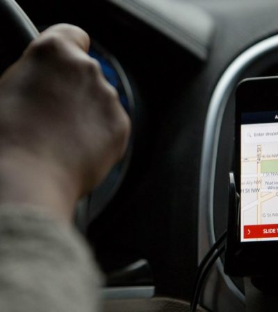 Da nueva Ley, categoría de derecho humano a la movilidad; también da apertura, pero no discrecional a Uber
