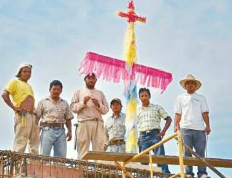 Albañiles de Cozumel tienen su fiesta