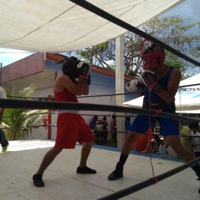 Se dan con todo en la cárcel… en función de boxeo