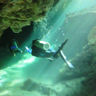 Piden reglamentar buceo en cenotes