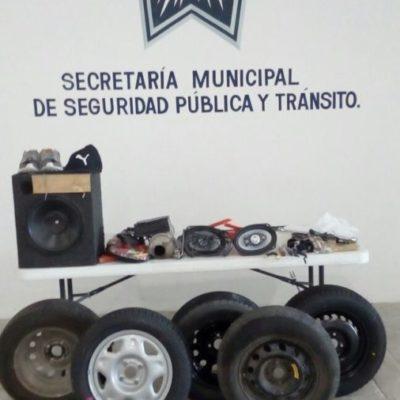 Detienen a dos ladrones de vehículos en Puerto Morelos