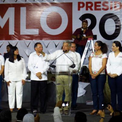 Manuel Espino y Germán Martínez, ex dirigentes del PAN, se unen a la campaña de López Obrador y se placean con él por la península de Yucatán