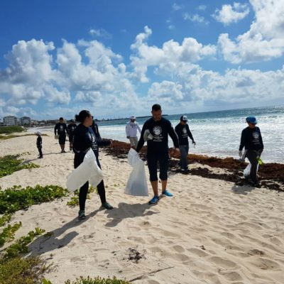 Levantan 200 kilos de basura en zona de anidación de tortugas
