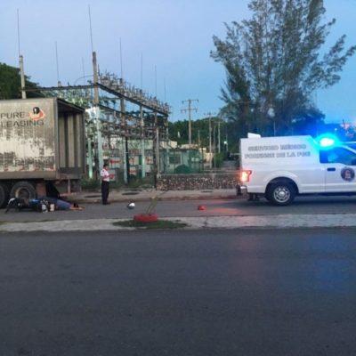 Dos muertos, el saldo de choque entre motociclistas y trailero en Felipe Carrillo Puerto