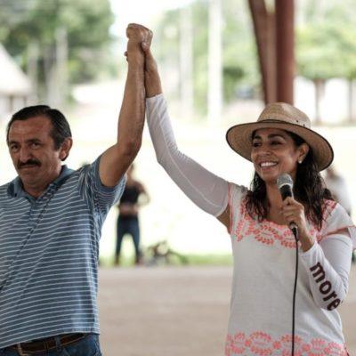 Junto con Domingo Flota, recorre Marybel Villegas Huay Max, Saban y la colonia Mira Flores em JMM; el pueblo maya nos necesita, dice
