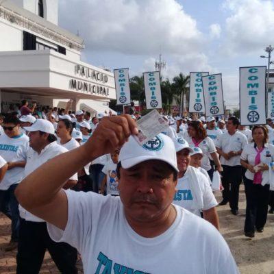 AL BUEN ENTENDEDOR: Con credencial de elector en mano, los taxistas de Playa reafirman estar listos para las elecciones… y cualquier consulta popular