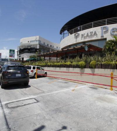 Cancela Ayuntamiento de BJ plumas de estacionamiento irregulares en Plaza Península mientras Grupo Xcaret se apropia de bahía en Malecón Tajamar