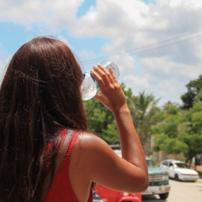 Recomendaciones básicas para temporada de calor en Puerto Morelos