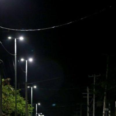 Trabajan a marchas forzadas para iluminar Cancún