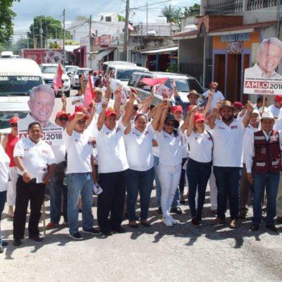Jesús Pool Moo, candidato a diputado, y Juan Pablo Aguilera Negrón, aspirante a presidir Puerto Morelos, proponen devolver la paz social en la Colonia Cetina Gasca