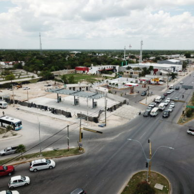 DEJAN EN EL AIRE PROYECTO DE ORDENAMIENTO DEL TRANSPORTE: Avanza construcción de gasolinera en terreno de terminal foránea de Cancún