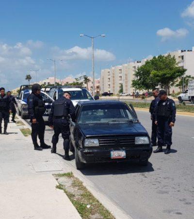 Aunque trataron de esconderse, detienen a dos hombres armados en el fraccionamiento Paseos Nicté de Cancún