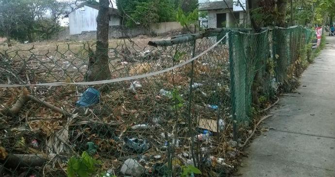 Los baldíos, por cenotes ocultos, son un riesgo latente para playenses
