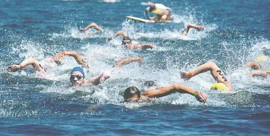 El cruce a nado entre Cancún e Isla mujeres cumple 13 años el próximo sábado 26 de mayo