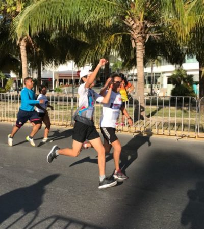 500 atletas realizan mini maratón incluyente