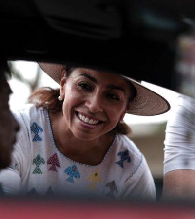Marybel Villegasacompaña a Edgar Gasca Arceo para conocer, de viva voz, las necesidades de Isla Mujeres