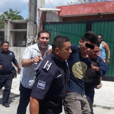 Ciudadanos detienen a presunto delincuente en Cozumel