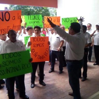 Taxistas agradecen al Teqroo por suspender la consulta