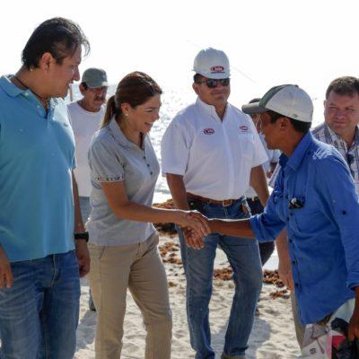 Continúan trabajos de recolección de sargazo en Playa del Carmen