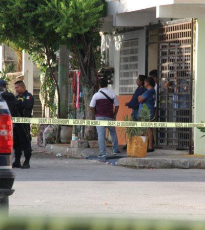 REPELEN A DELINCUENTES EN LA REGIÓN 236: Cansados de la inseguridad en Cancún, vecinos enfrentan a presuntos ladrones y junto con la policía detienen a tres y aseguran arma