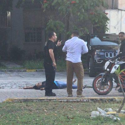 SUMA CANCÚN SEXTO EJECUTADO DE MAYO: Matan a balazos a una persona en la Avenida La Costa casi en el entronque con la Cobá