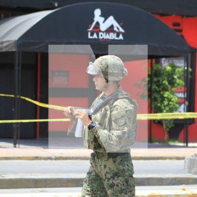 Hallan granada frente a bar de la avenida Portillo de Cancún