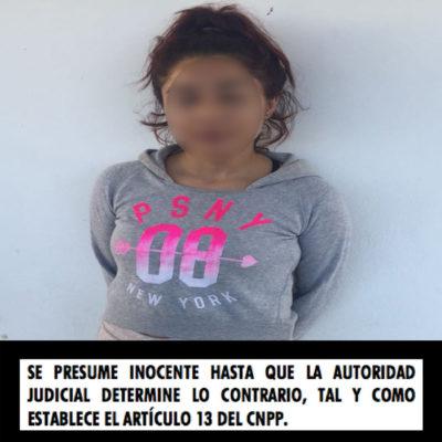Detienen a mujer en Playa del Carmen con al menos ocho bolsitas con cocaína