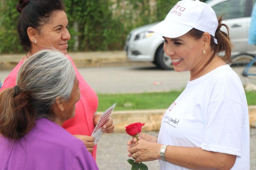 SE REÚNE MARA LEZAMA CON LA AMPI Y VISITA TIANGUIS: Candidata de Morena presenta plan de trabajo y ofrece dignificar el comercio local