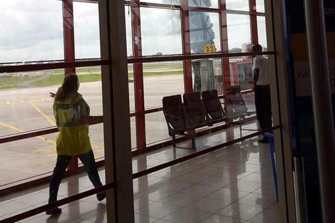 CAE AVIÓN EN AEROPUERTO DE LA HABANA: Boeing 737 de Cubana de Aviación se desplomó con 104 pasajeros a bordo