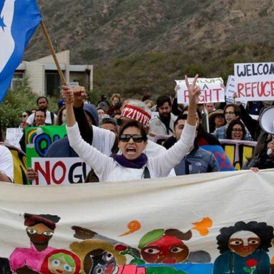 Este martes, 8 mujeres y niños de la caravana migrante ingresaron a EU