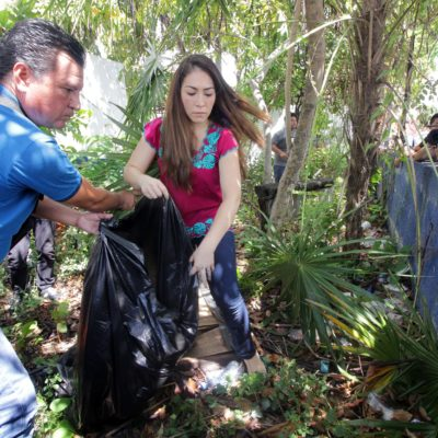 """""""NO PODEMOS PROHIBIRLE AL PUEBLO APOYAR A UN CANDIDATO"""": Por segundo día, Daniela Vara, la esposa de 'Chanito' Toledo, encabeza la campaña sin candidato del 'Frente' en Cancún"""