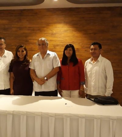 Asiste Jesús Pool a foro empresarial en Cancún