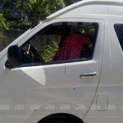 Ejecutan a una mujer mientras conducía en Ciudad Pemex, Tabasco