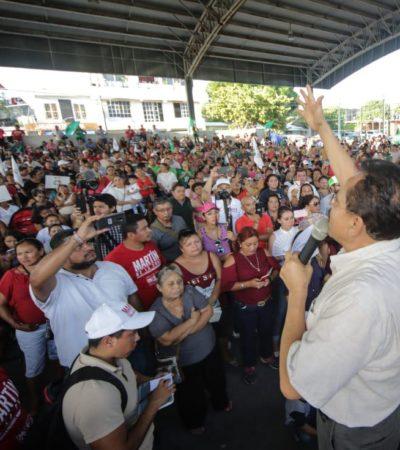 Recibe Martín de la Cruz masivo respaldo de habitantes de la Colosio y promete encabezar la lucha para regularizar viviendas