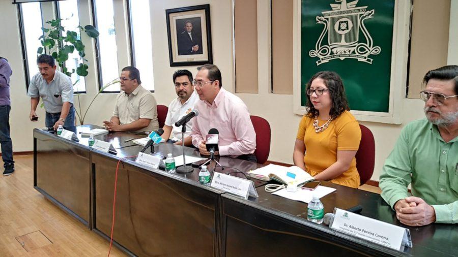 Afirma rector de la UQROO que el amparo de alumnos y catedráticos de posgrado tiene tintes políticos
