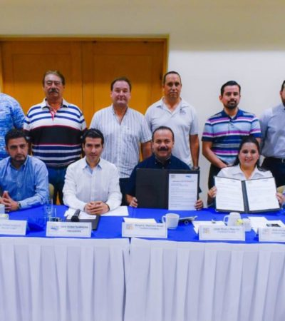 Candidatos firman compromisos con prestadores de servicios náuticos