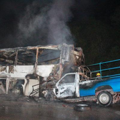 Fallecen dos en accidente vial en Carrillo Puerto