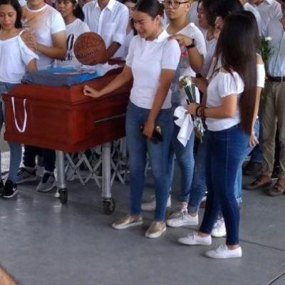 Desdeña Yunes Linares exigencias de justicia por joven asesinado en Nanchital